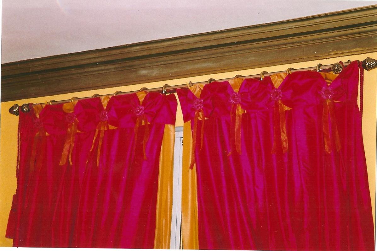 Couturi re tapissier d corateur couture d 39 ameublement bordeaux rideaux a - Embrasses rideaux originales ...
