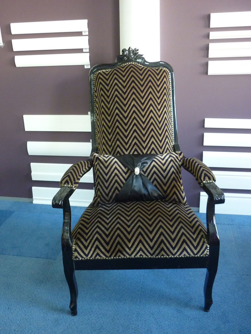 refection fauteuil voltaire um79 jornalagora. Black Bedroom Furniture Sets. Home Design Ideas